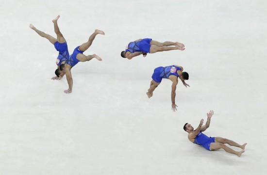 23 Expert Athletes In Motion For Summer Olympics 2012