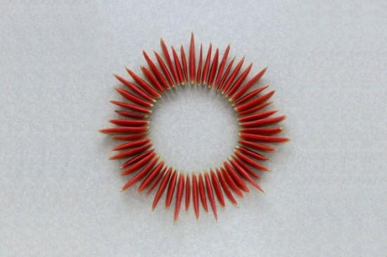 இமைக்காமல் இருந்தால் எட்டிப் பார்ப்பான். அவன் யார்? - விடுகதைகள் Geometric-installation-of-fruits-and-vegetables-008-550x366