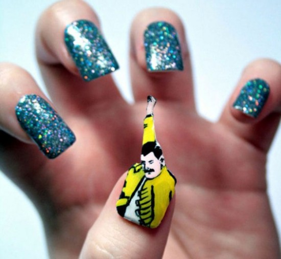 Here-Comes-the-Pop-Culture-Nails-006