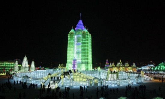 Ice-and-Snow-Sculpture-Festival-029