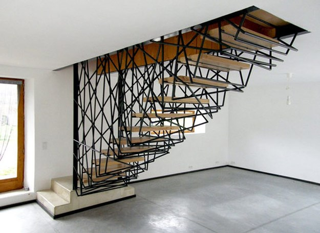 15 fun and creative staircases funcage for Gradas de caracol