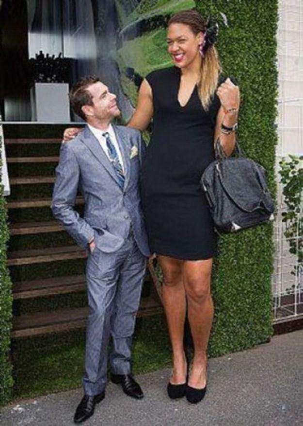 фото большие женщины и маленькие мужчины