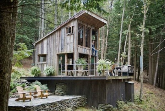 Cabin-In-The-Woods-Off-The-Grid-001