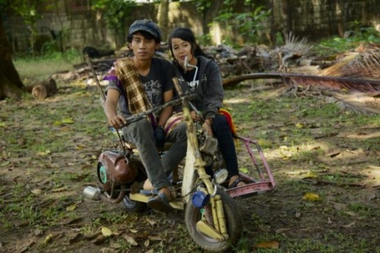 Indonesians-Oddest-Motorbikes-Ever-018