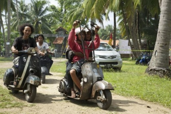 Indonesians-Oddest-Motorbikes-Ever-019