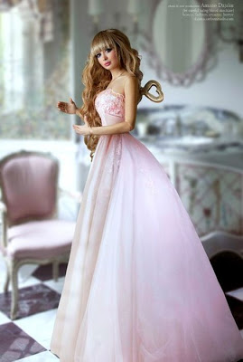 The-Human-Barbie-Doll-013