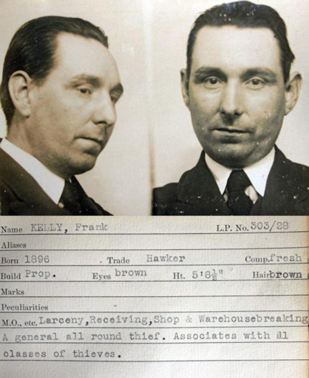 1930s gangster fashion women