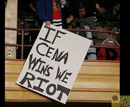 WWE-Funny-Fan-Signs-008
