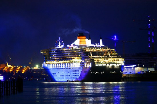 12-Most-Luxurious-Cruise-Ships-002