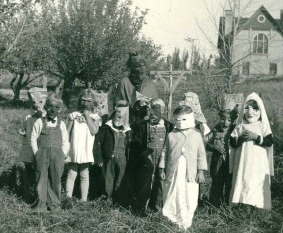 Halloween-Pictures-from-the-Past-002