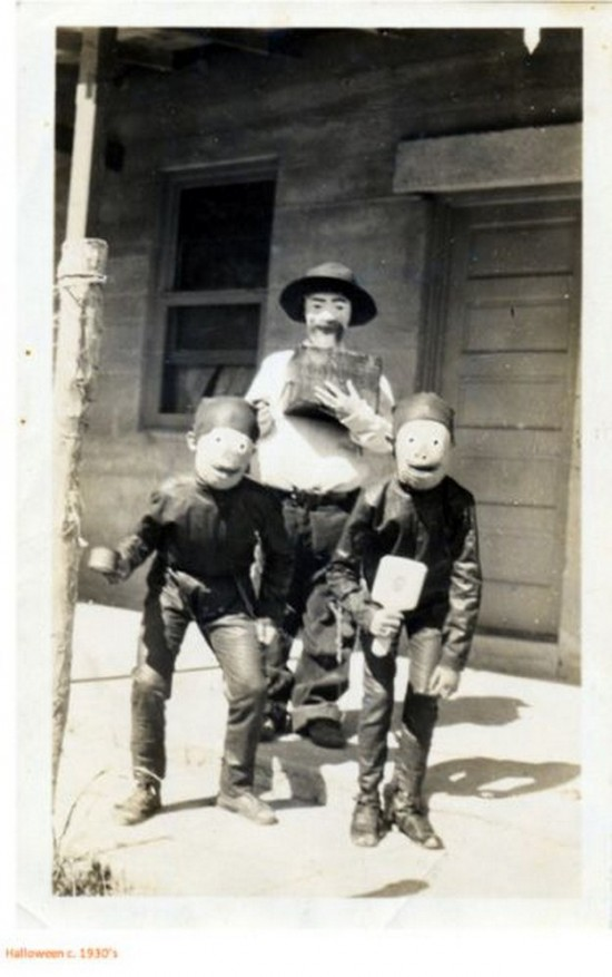 Halloween-Pictures-from-the-Past-019