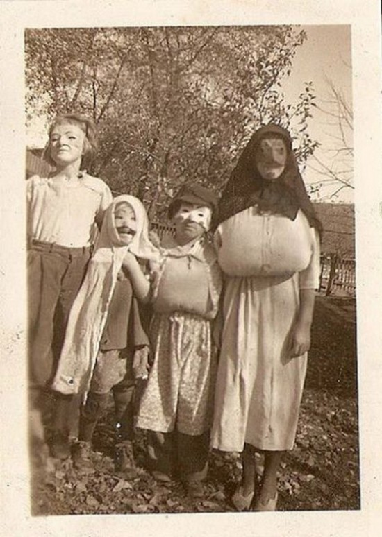 Halloween-Pictures-from-the-Past-033