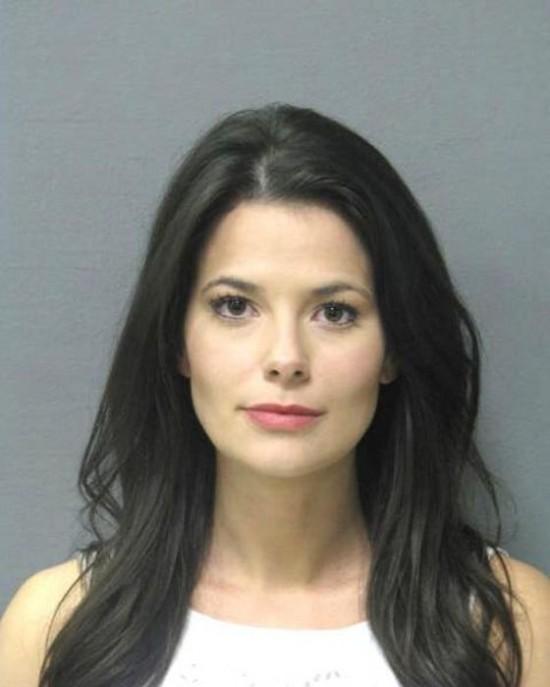 27 Hot girls arrested 008