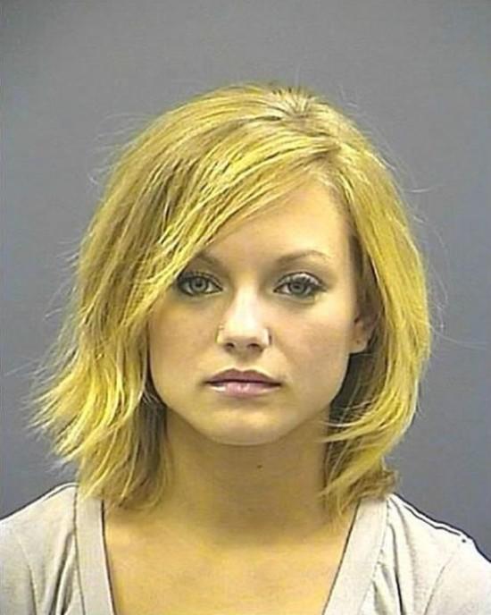 27 Hot girls arrested 021