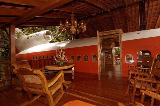 727 Fuselage Home in Costa Rica