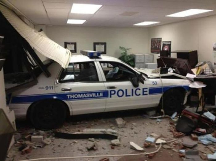 even car accidents can be impressive 011 funcage