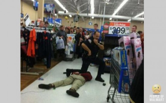 Funny and Strange People Spotted at Walmart (28 Photos ...