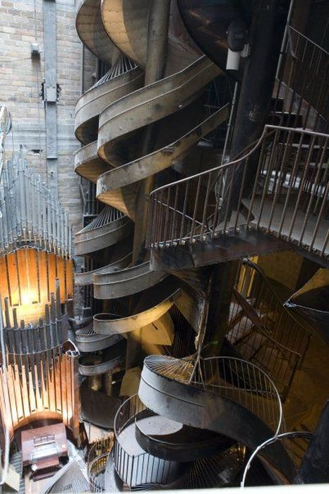 St Louis City Museum's Seven-Story Slide in Missouri, USA