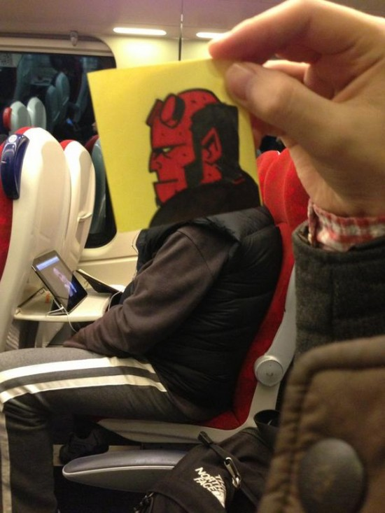 This Guy Has a Funny Solution For Avoiding Boredom On His Commute 010
