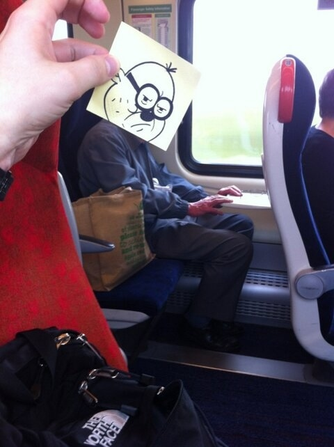 This Guy Has a Funny Solution For Avoiding Boredom On His Commute 015