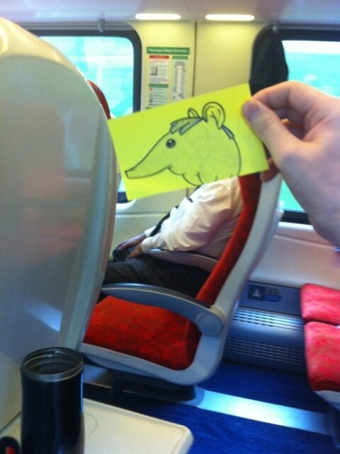 This Guy Has a Funny Solution For Avoiding Boredom On His Commute 016