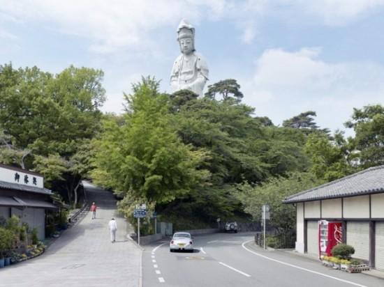 Grand Byakue. Takazaki, Japan, 42 m