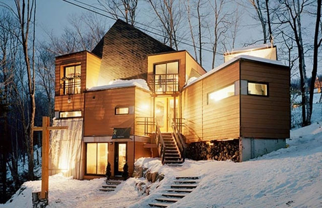 Awesome Homes Made From Shipping Containers (28 Photos) - FunCage