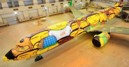 Os Gemeos Paint an Entire Boeing 737 with 1200 Cans of Spray Paint 001