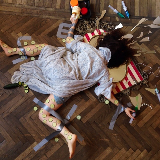 Hilariously Contrived Accidents of People Consumed by Material Goods 004