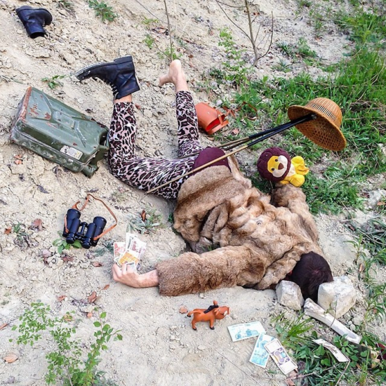 Hilariously Contrived Accidents of People Consumed by Material Goods 012