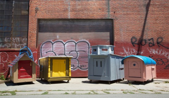 Artist Gregory Kloehn Creates Home For Homeless From Garbage 004