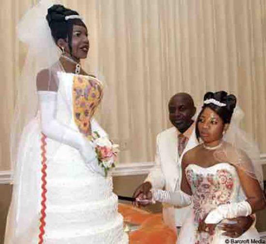 weird wedding pics 05