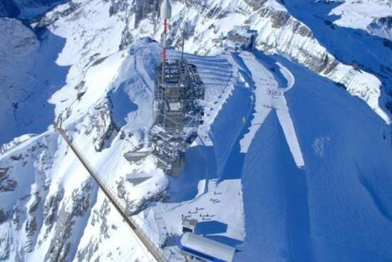 The-highest-suspension-bridge-in-Europe-003