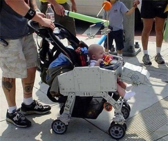 Awesome-Parents-Who-Make-Growing-Up-Fun-027