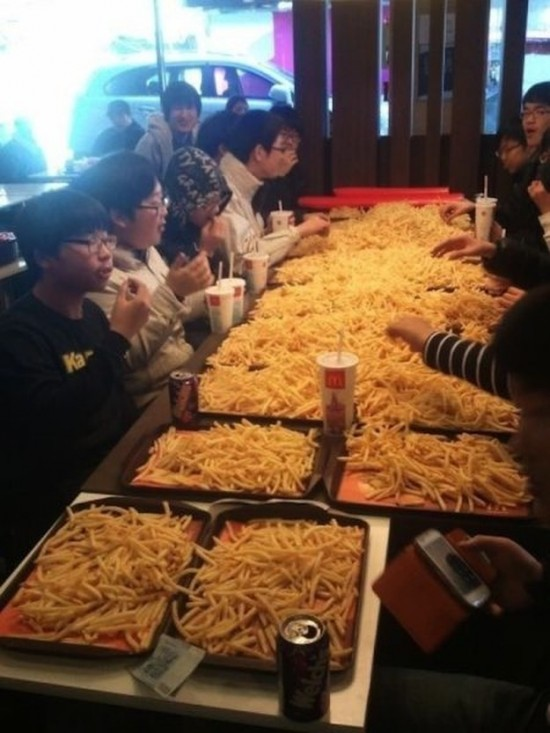 This-Is-What-a-Food-Lovers-Heaven-Looks-Like-001
