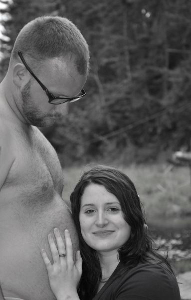 Totally-Embarrassing-Pregnancy-Announcements-008