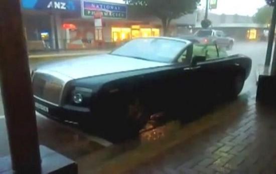 Rolls-Royce Phantom Drophead 001