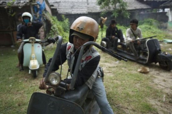 Indonesians-Oddest-Motorbikes-Ever-004