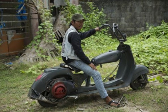 Indonesians-Oddest-Motorbikes-Ever-005