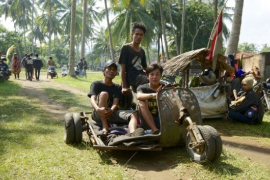 Indonesians-Oddest-Motorbikes-Ever-022