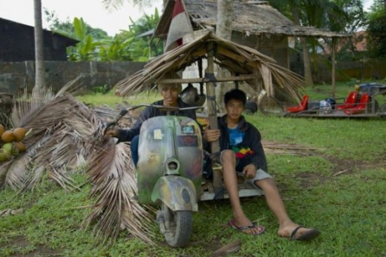 Indonesians-Oddest-Motorbikes-Ever-023