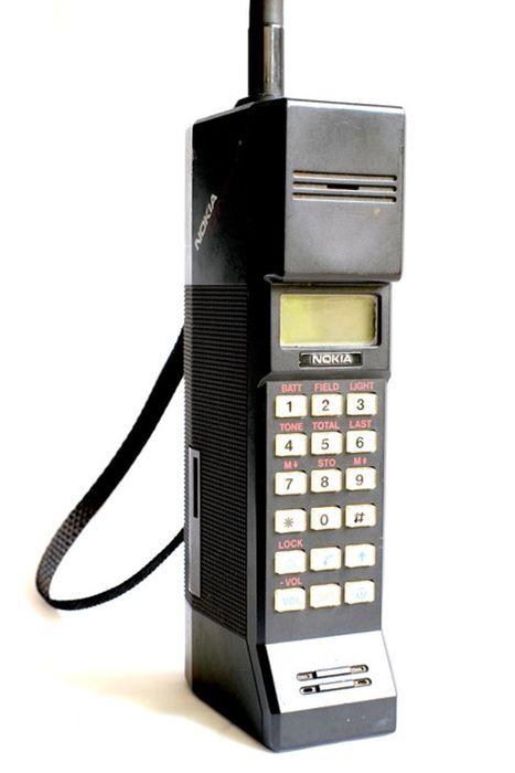 Nokia-Handsets-Since-1984-2013-002