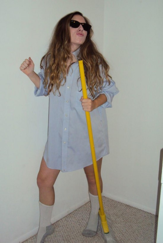 16-Last-Minute-Halloween-Costumes-for-Lazy-People-005
