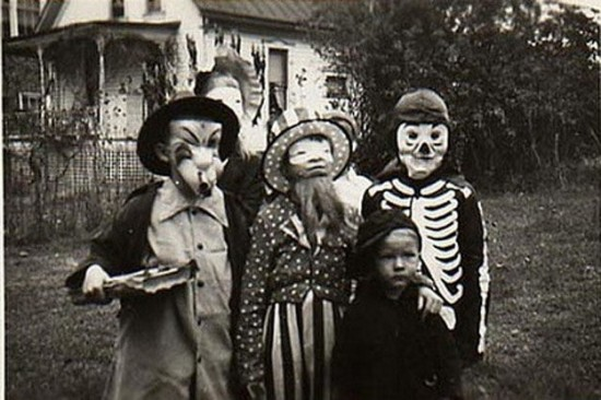 Halloween-Pictures-from-the-Past-001