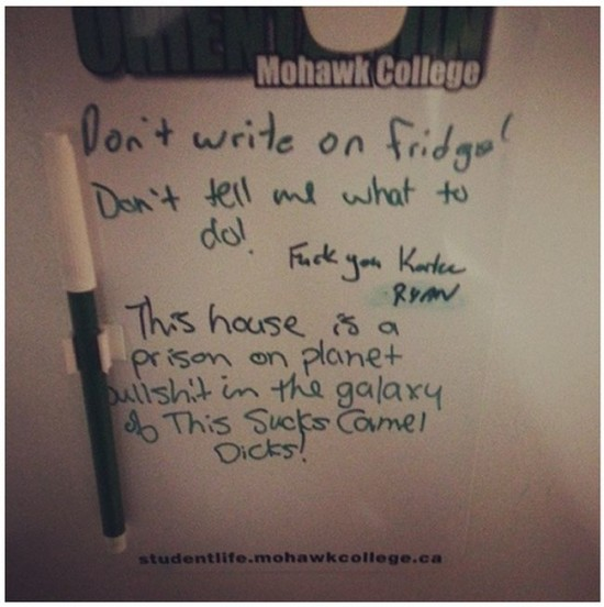 25 Funniest Passive-Aggressive Notes Of This Year024
