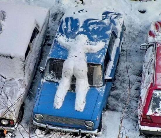 22 Funny and creative snowman ideas 022