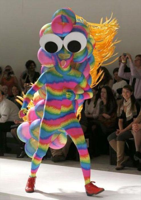 Strange And Crazy Fashion 032