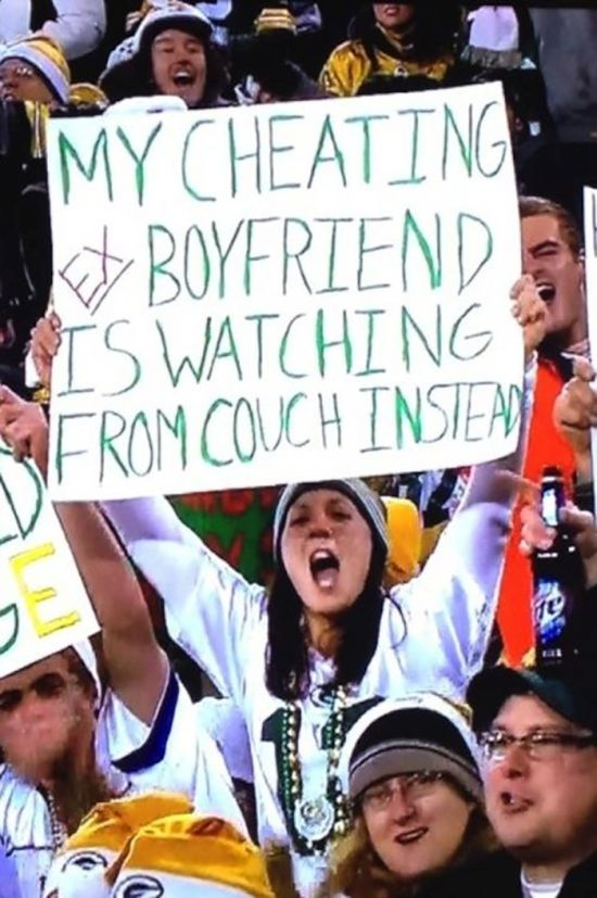 24 Funny and good sporting event signs 001