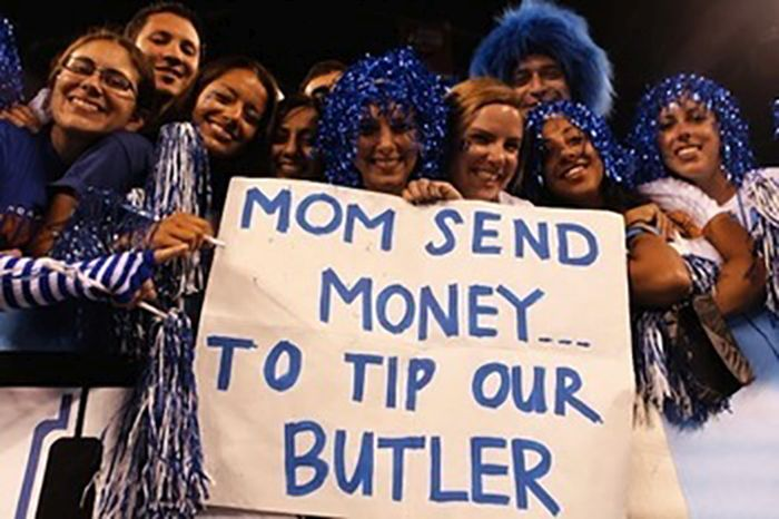24 Funny and good sporting event signs 009