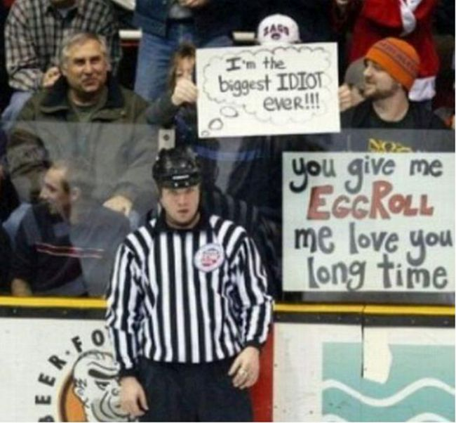 24 Funny and good sporting event signs 012